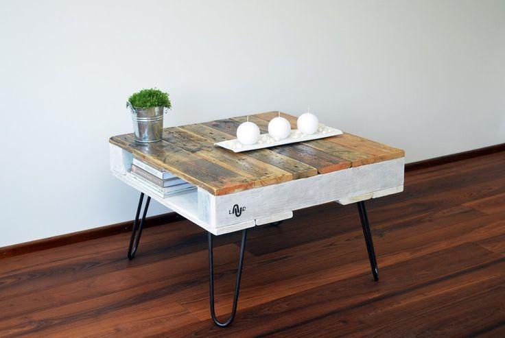 LAUD - Natural & White Pallet coffee table #coffee #table #coffeetable #kahvipöytä #interior #interiordesign #design #home #design #homedesign #koti #inredning #inredningsdesign #handmade #woodwork #sisustus #sisusta #sisustaminen #sisustusidea #olohuone #livingroom