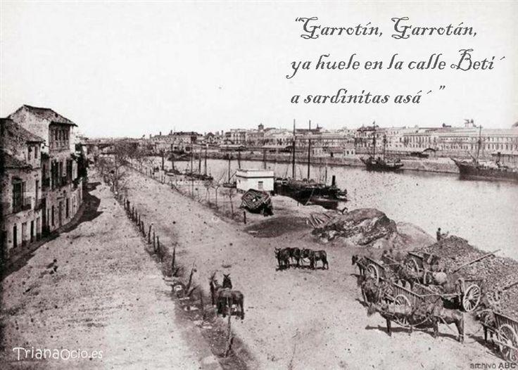 Foto antigua de la Calle Betis en Triana - Sevilla  www.trianaocio.es