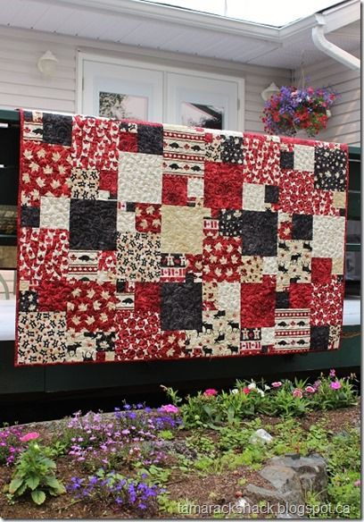 Canada theme quilt - gorgeous!