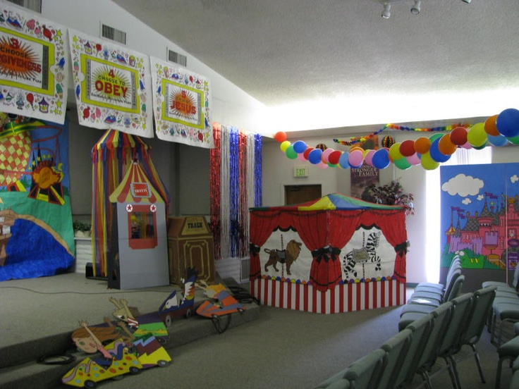 17 best images about vbs 2012 amusement park on pinterest for Amusement park decoration ideas