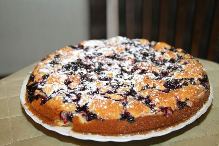 Рецепт летней шарлотки с ягодами
