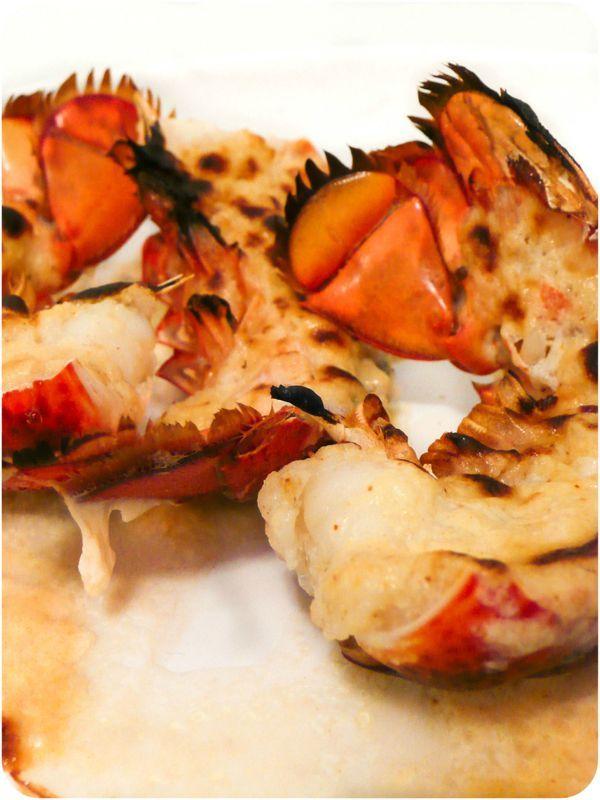 ..Queues de homard grillées au parmesan..