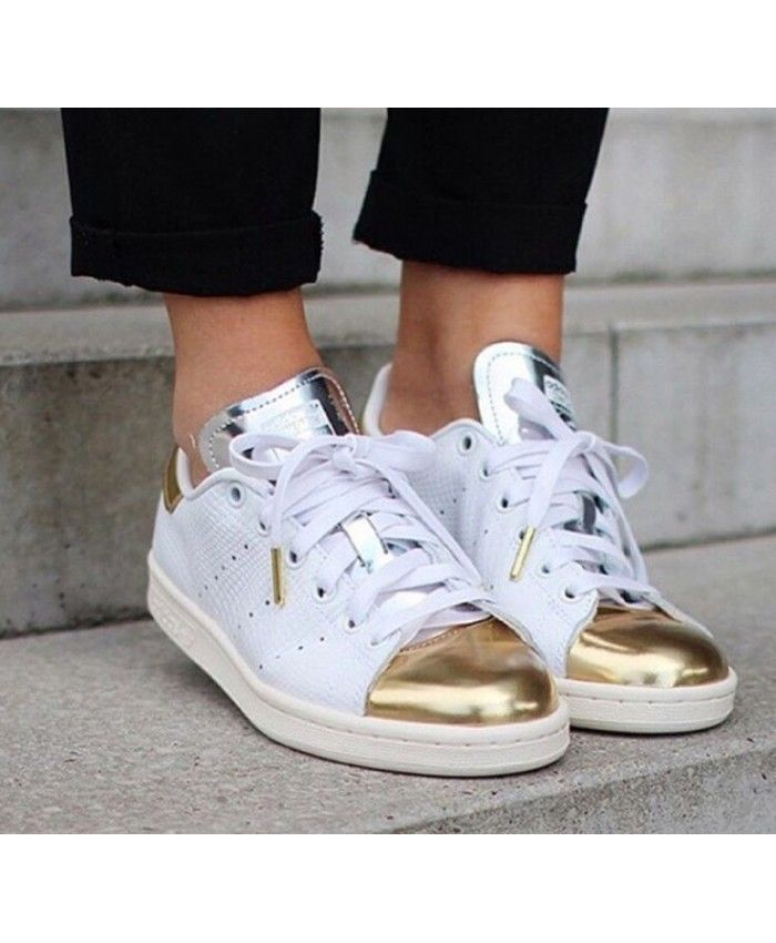 best sneakers 12875 09a59 Adidas Stan Smith Womens Trainers In White Gold Silver