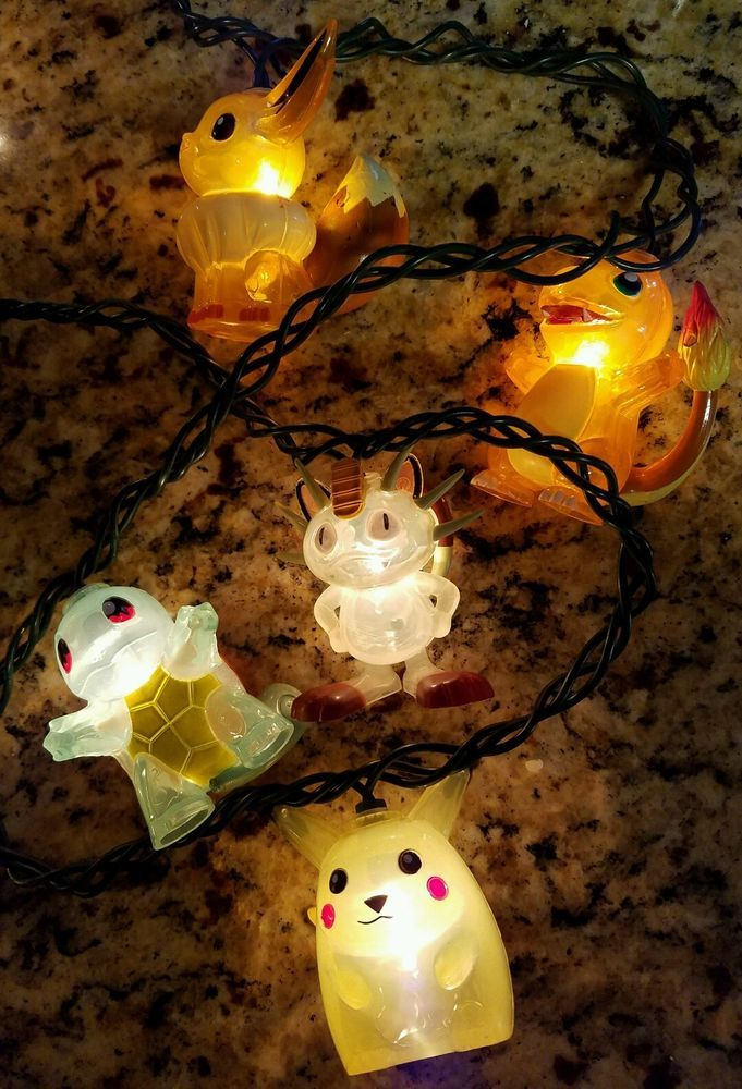 VNT Pokemon 1999 Christmas Light ornament Pikachu Squirtle Charmander Eevee