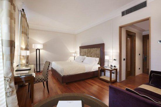 Book UNA Hotel Roma, Rome on TripAdvisor: See 2,413 traveler reviews, 734 candid photos, and great deals for UNA Hotel Roma, ranked #119 of 1,280 hotels in Rome and rated 4.5 of 5 at TripAdvisor.