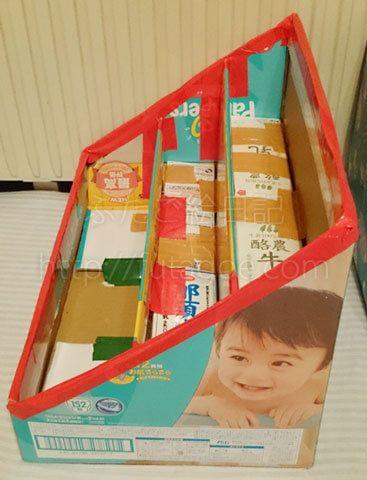 パンパースの空き箱で手作り!ダンボール絵本棚の作り方 – 続々ピカ待ち☆ふたご絵日記