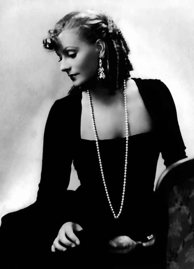 Garbo.Hollywood Glamour, Greta Garbo, Classic George, Hollywood Stars, Hollywood Era, Divination Garbo, Classic Hollywood, Era Hollywood, Hollywood Style