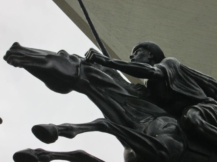 Guerreros del monumento