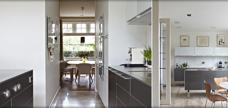 Bulthaup keuken jaren '30 woning A'dam Zuid, cassina stoel, Picasso