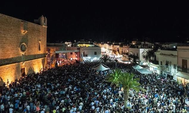 Food is culture and San Vito Lo Capo with festivals, couscous, and beaches, beckons those who want to go beyond the traditional culinary journey.