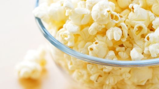 Directions to make your own homemade microwave popcorn without all the mystery chemicals! Plus 14 foods to never eat