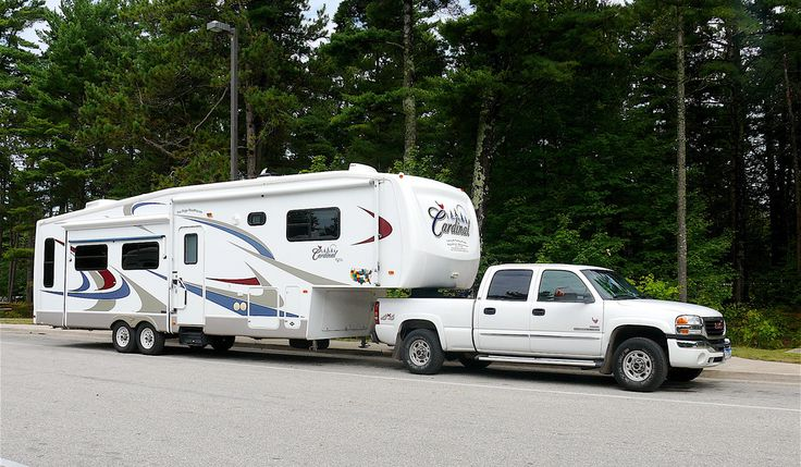 5th Wheel Campers | large 5th wheel RV trailer and truck. photo by Larry Page on Flickr