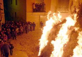 Rutas Paganas entorno al fuego en el Bajo Aragón.