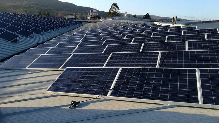 Uno de cada tres kilovatios hora en España es generado por renovables - https://www.renovablesverdes.com/uno-tres-kilovatios-hora-espana-generado-renovables/