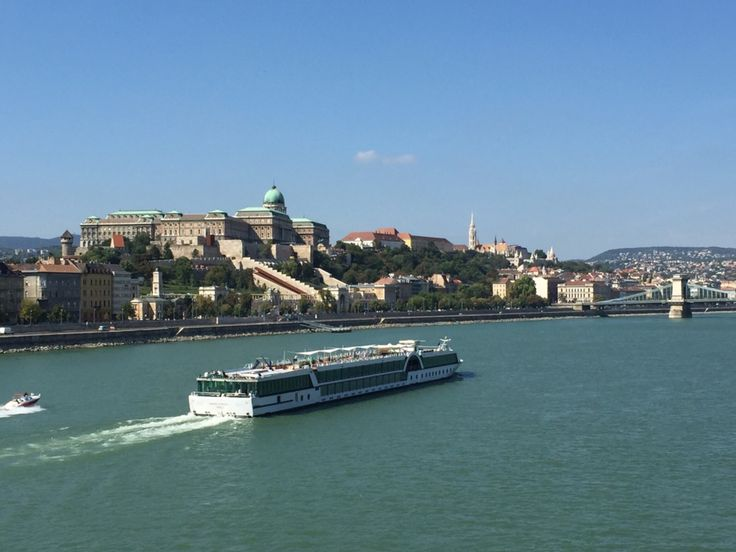 Río Danubio. Budapest Hungría