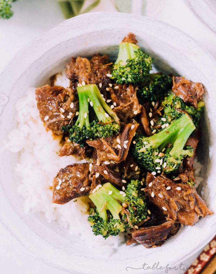 An Instant Pot beef and broccoli recipe is exactly what one needs when nights are busy and you're craving takeout! This is a take on the classic beef and broccoli that everyone loves!