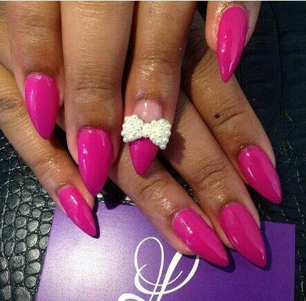 117 best nails images on pinterest fingernail designs dope stiletto nails oval nails rhinestone nail art pear bow fushia nail prinsesfo Image collections