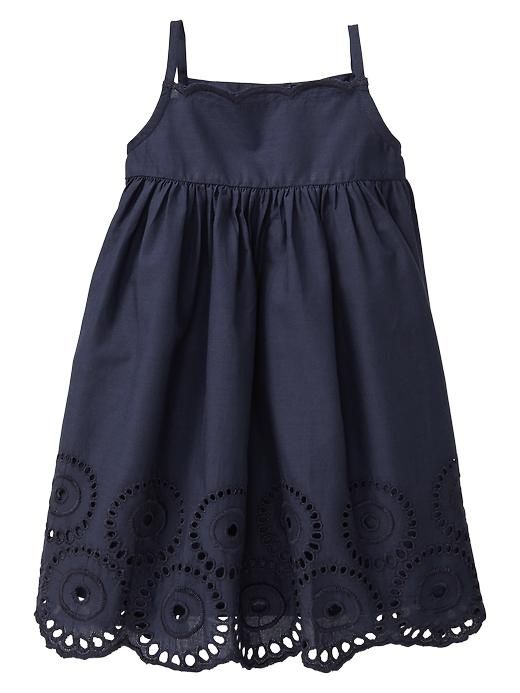 Sofia would make this dress look sooo good. Too bad they're out of stock.