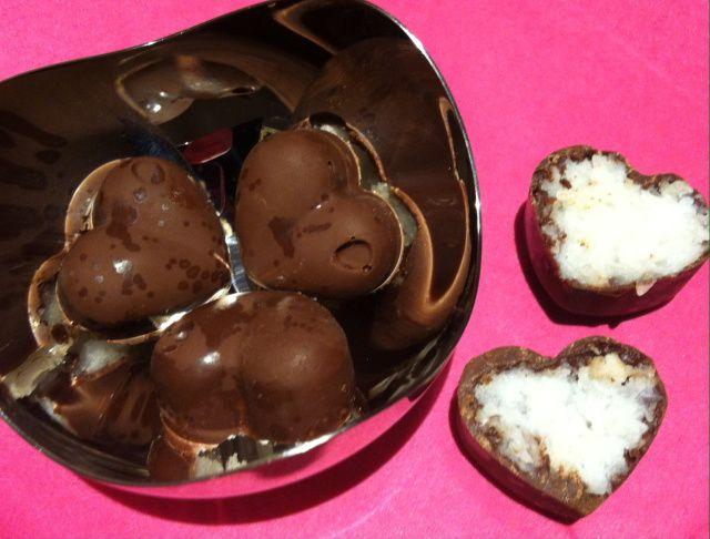 Sjokoladehjerter med kokosfyll