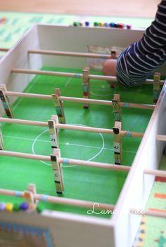 10 best ideen zu tischkicker auf pinterest kicker fussball spiele fu ball und diy uhr. Black Bedroom Furniture Sets. Home Design Ideas