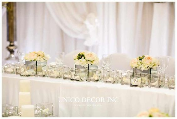 Glamorous head table decor for wedding | Moncton Wedding Decor | Unico Decor