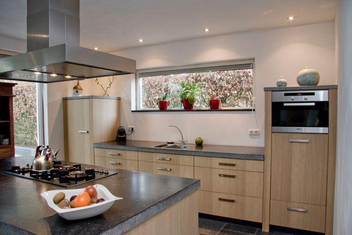 17 best images about keuken on pinterest grey tiles blackboard paint and kitchen modern - Eigentijdse design keuken ...