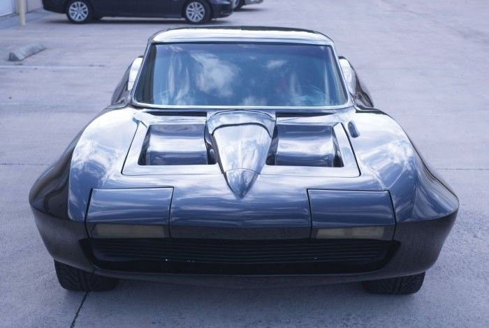 Mid-engine, mid-year Corvette Sting Ray to cross the stage in Fort Lauderdale