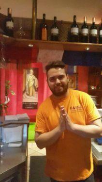 Wir brauchen nette/r service personal in indisches restaurant in berlin tempelhof, gutes arbeits klima, teilzeit/ vollzeit beide moeglich! contact please Frau Khanal 017620404628