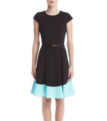 7/27/17  Brand/Designer: Calvin Klein Material: Knit /Polyester /Ponte Dress Silhouette: Fit-and-Flare Shoulder: Cap Sleeves Neckline: Scoop Neck Skirt: Flared-Skirt Embellishments: Belted Colorblocking