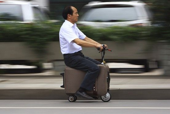 Chinese Inventor Builds a Scooter That Doubles As a Suitcase - China Real Time Report - WSJ