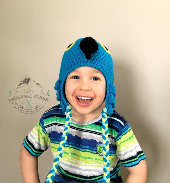 Retrouvez cet article dans ma boutique Etsy https://www.etsy.com/ca-fr/listing/510320757/nouveau-bonnet-de-perroquet-bleu-au
