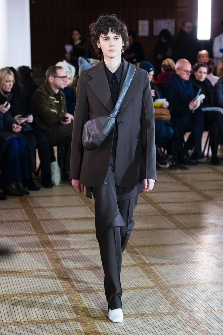 Lemaire | Ready-to-Wear - Autumn 2018 | Look 1