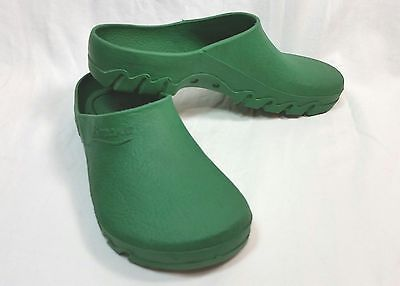 Benesto Rubber Clogs Made In Italy Ladies Size 5 - 6 US Garden Chef Nurse Shoes