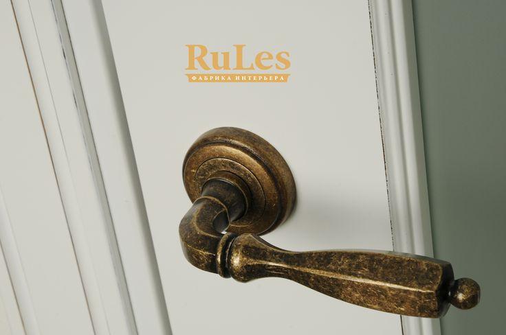 """Дверная ручка """"в стиле"""". #двери #межкомнатные #рулес #интерьер #дизайн"""
