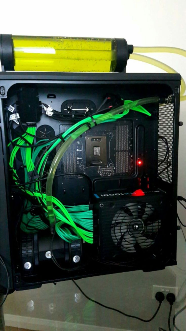 Subpar cable management and 2 D5 pumps