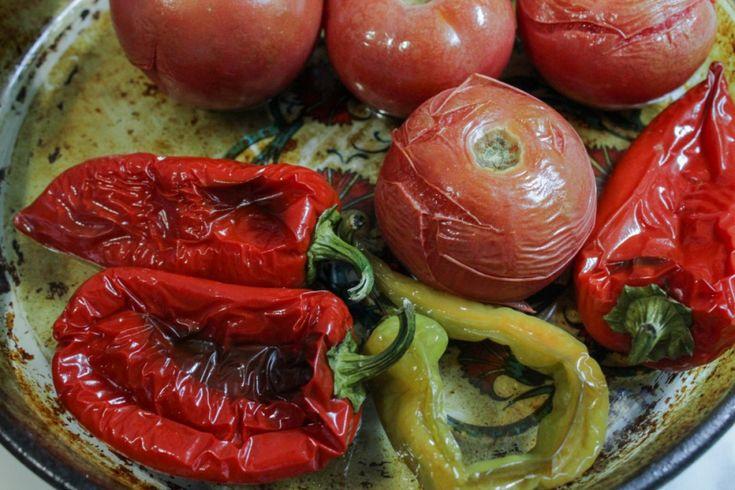 Рецепт вегетарианского супа-пюре из запеченных овощей (помидоры, болгарский перец, чили)