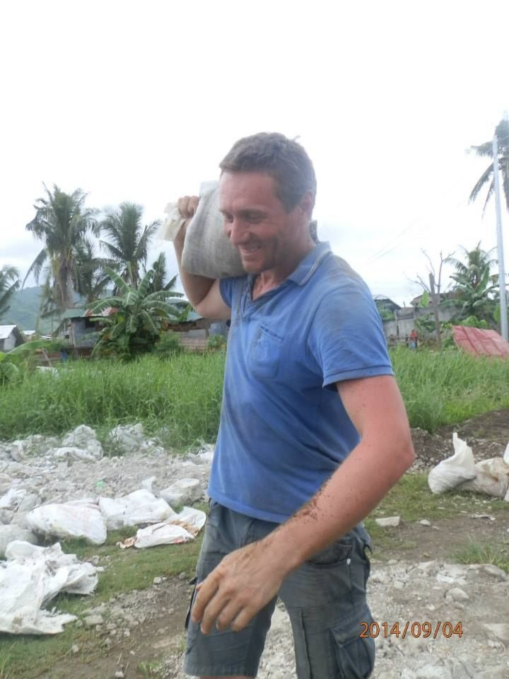 Good on you Robert Morris from Australia helping to rebuild homes lost in the Super Typhoon Haiyan which struck Philippines in 2014.  Amazing work....