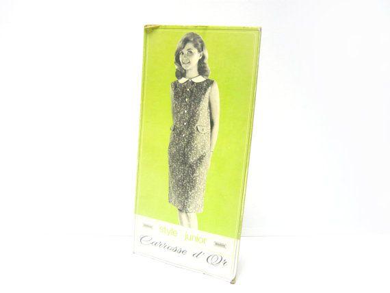 Carton publicitaire français . CAROSSE D'OR . Mode . Vintage Années 60