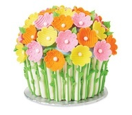Blooming Bouquet Giant Cupcake Cake tutorial from @Michael Sullivan Stores - a delicious edible craft for spring. #crafts #popular #diy