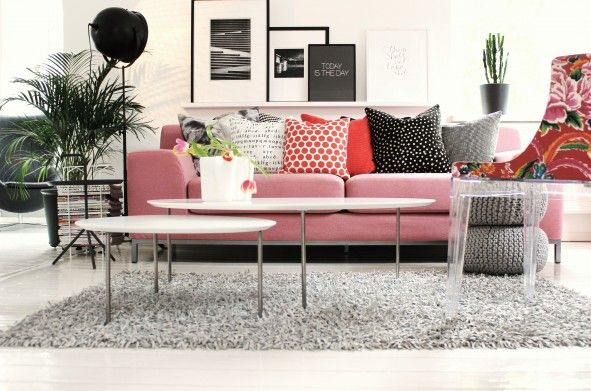 My livingroom. Sofa-cover from savemysofa.se   Photo; room by sofie