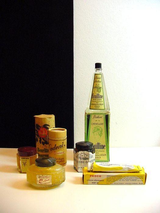 Collectie vintage haarverzorgingsproducten