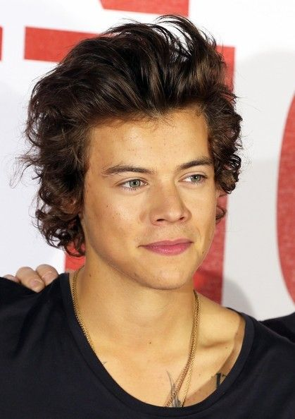 Harry Styles - One Direction - men's hairstyle ideas