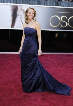 Helen Hunt in jurk van HenM op rode loper Oscars