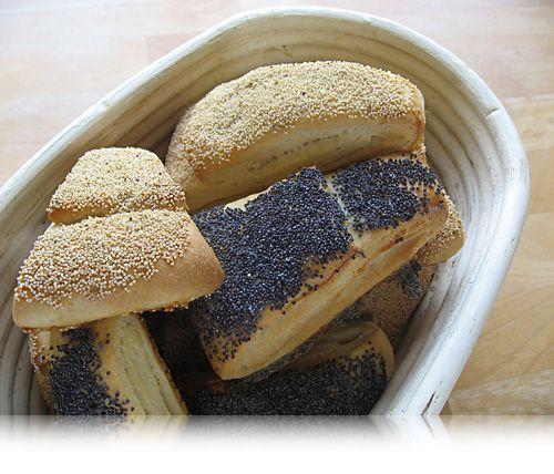 Tebirkes er noget for alle aldre og med denne opskrift kan du selv bage de populære tebirkes derhjemme.