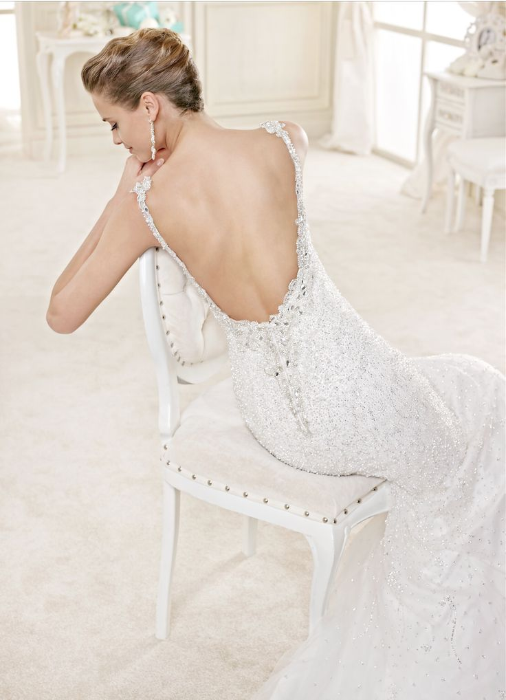 Una sposa elegante, dal dettaglio sensuale ma estremamente raffinato #nicolespose www.kappadisposi.it