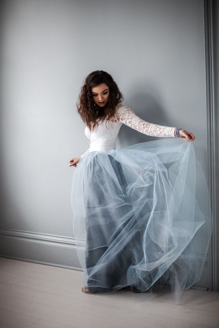Dusty blue tulle  - http://www.theperfectpalette.com/ photo by Mary Claire Photography, Styled by Amber Reverie
