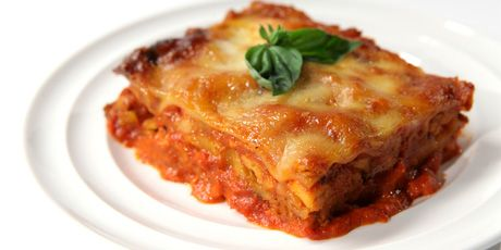 Butter Chicken Lasagna - The best of Indian and Italian cuisines in one amazing dish!