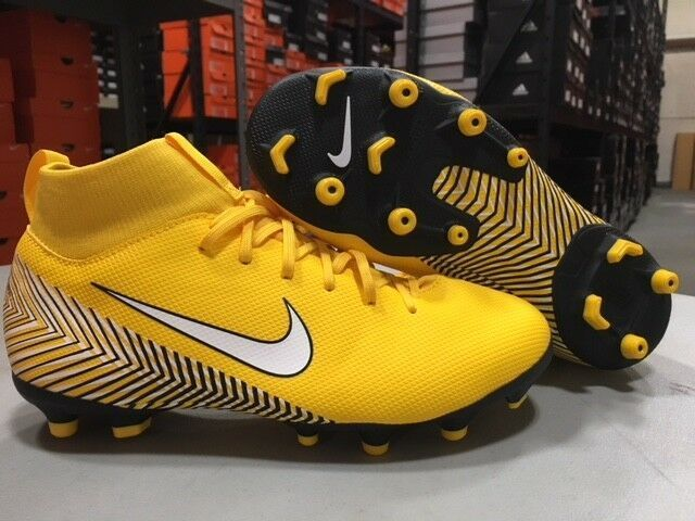 purchase cheap 40165 0b513 eBay link) Nike Junior NJR Superfly 6 Academy MG Cleats ...