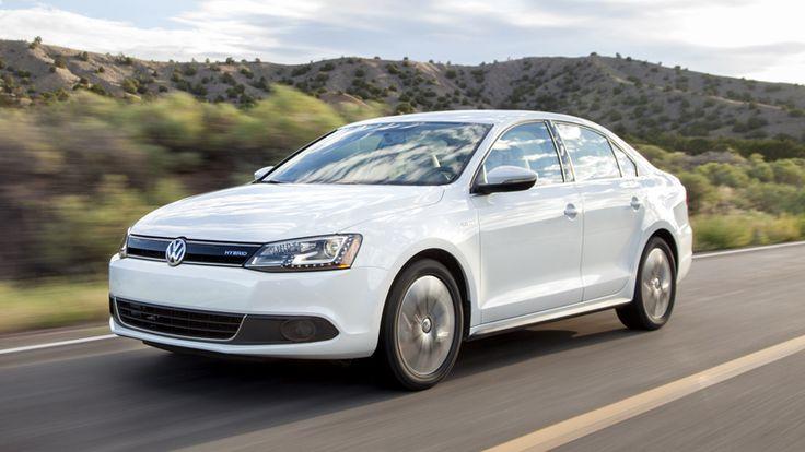 #White 2013 #Volkswagen Jetta Hybrid #Car