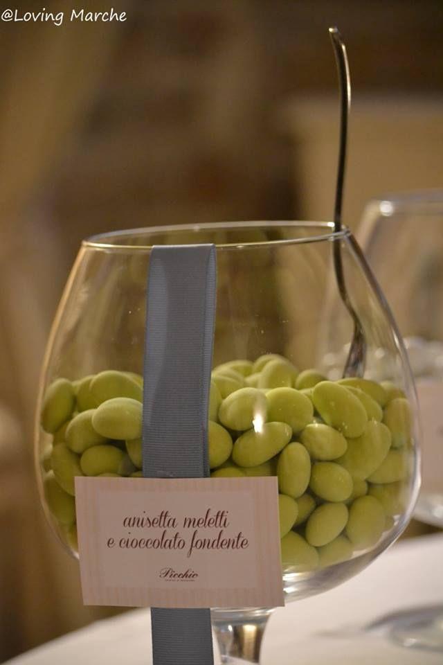 La confettata con i confetti alla Anisetta Meletti - Wedding Sweets & candy buffet - matrimonio palazzo storico - Buffet di dolci